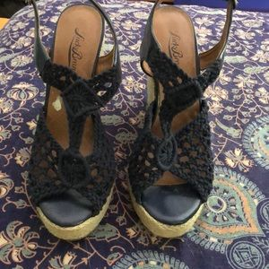 Lucky Brand Wedges in navy blue size 7